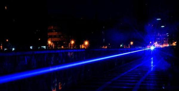 5000mW Laser-Zeiger-Militärgrün